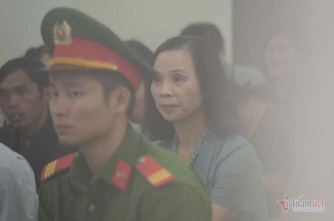 Vợ Chủ tịch tỉnh Hà Giang bị xem xét kỷ luật trong đợt 2 - Ảnh 1.