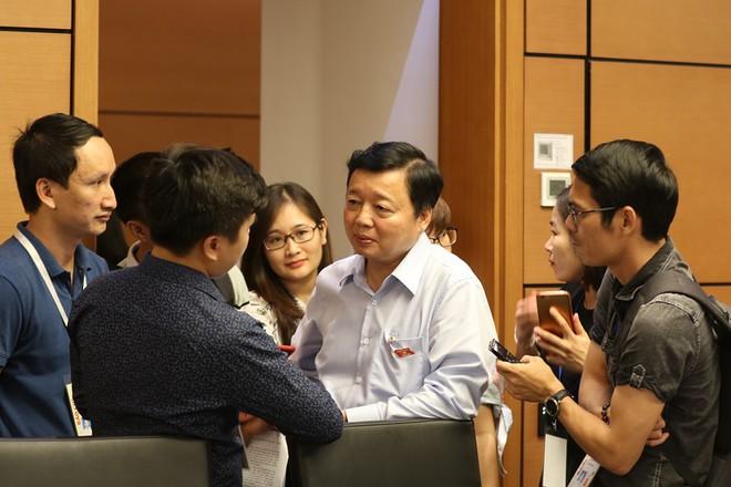 Bộ trưởng Trần Hồng Hà: Cung cấp nước bẩn cũng có thể đi tù - Ảnh 1.