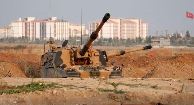 Xe quân sự Nga rầm rập tiến về Đông Bắc Syria - Người Kurd không rút nhanh sẽ bị đánh tơi tả - Ảnh 6.