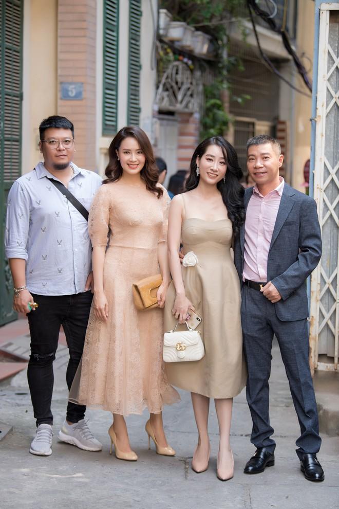 Diễn viên Hồng Diễm trách móc NSND Công Lý khi hội ngộ tại sự kiện - ảnh 7