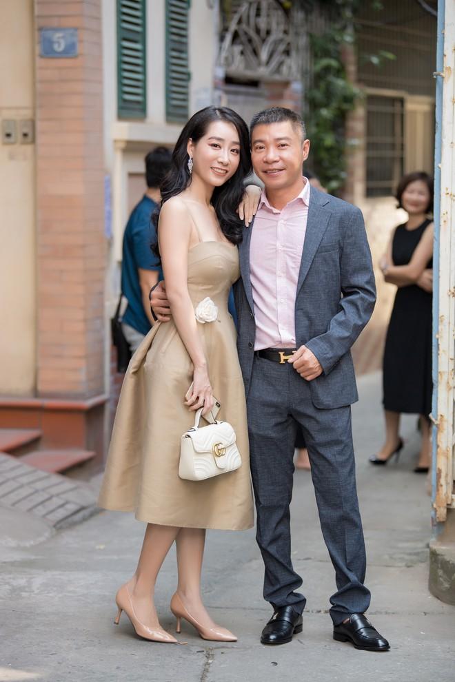 Diễn viên Hồng Diễm trách móc NSND Công Lý khi hội ngộ tại sự kiện - ảnh 5