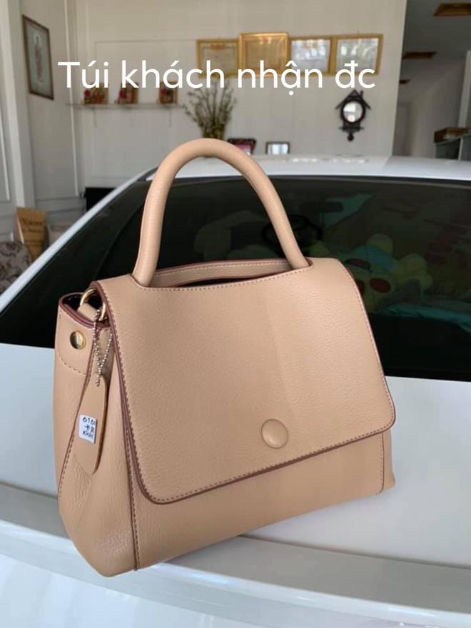 """Chiếc túi gây tranh cãi khắp MXH: Khách """"tố"""" hàng thật khác mẫu, chủ shop khẳng định giống 100% - ảnh 3"""
