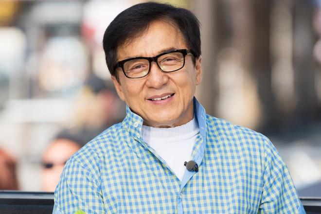 Thành Long ở tuổi 65: Chững lại sau nhiều năm lăn xả mạo hiểm - Ảnh 6.