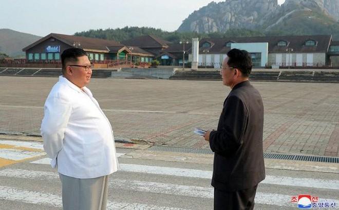Ông Kim Jong-un yêu cầu dỡ khu du lịch do Hàn Quốc xây ở núi Kumgang