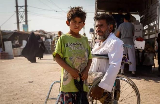 """Ám ảnh cuộc sống bên trong trại tị nạn """"địa ngục"""" ở Syria - ảnh 3"""