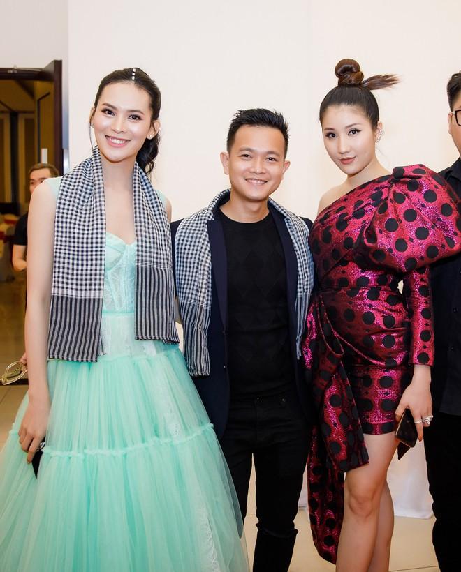 Hoa hậu Đền Hùng Giáng My ngồi ghế nóng cuộc thi Người đẹp Xứ dừa 2019 - Ảnh 7.