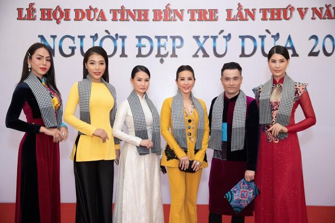 Hoa hậu Đền Hùng Giáng My ngồi ghế nóng cuộc thi Người đẹp Xứ dừa 2019 - Ảnh 8.
