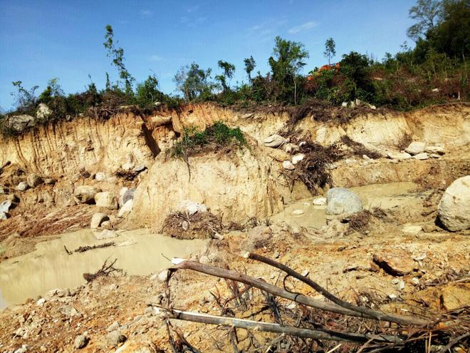 Dân bức xúc, tố cáo nhà máy thép Dung Quất thi công sai trái - Ảnh 4.