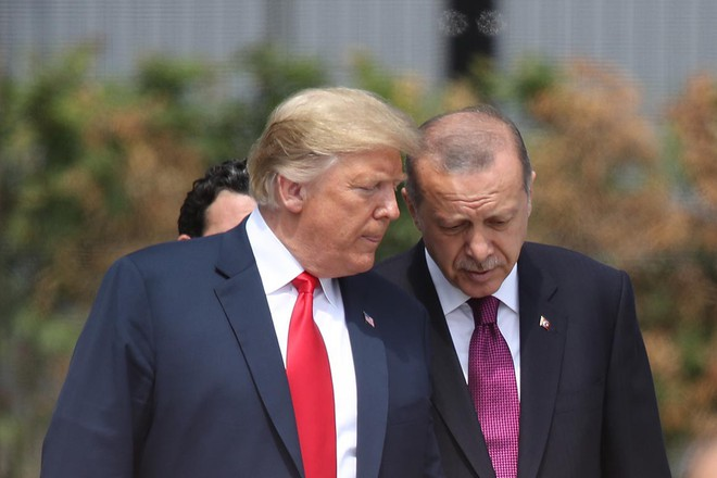 TT Trump bất ngờ tuyên bố tạm tha cho Thổ Nhĩ Kỳ, mặc các nghị sĩ Mỹ đứng ngồi không yên vì thỏa thuận Nga-Thổ - Ảnh 1.