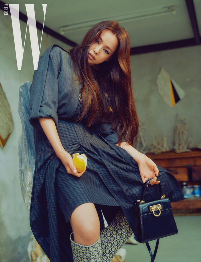 Hoa hậu Hàn Quốc Honey Lee U40 ngày càng đẹp rực rỡ - Ảnh 19.