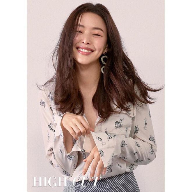 Hoa hậu Hàn Quốc Honey Lee U40 ngày càng đẹp rực rỡ - Ảnh 21.