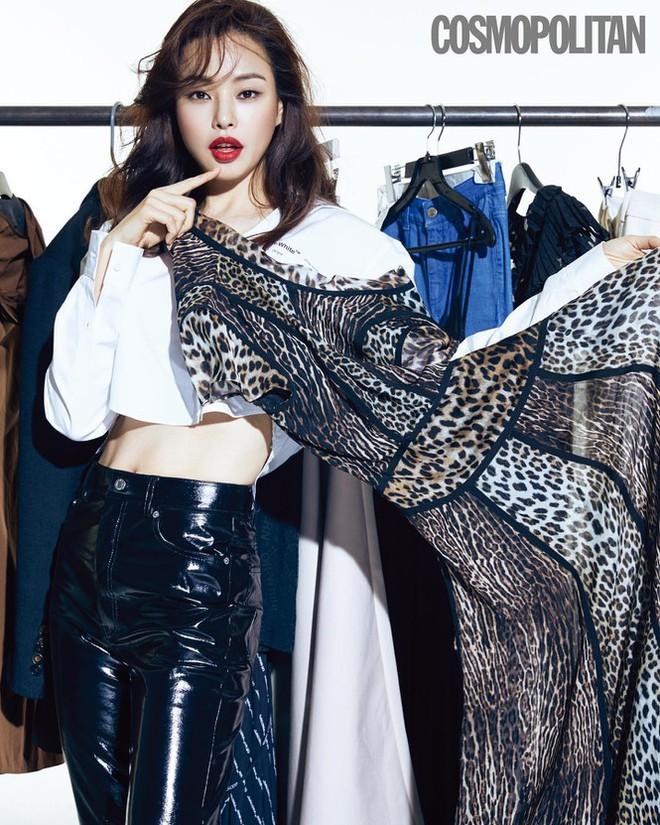 Hoa hậu Hàn Quốc Honey Lee U40 ngày càng đẹp rực rỡ - Ảnh 10.