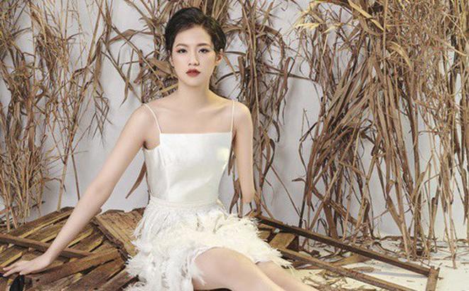 Mỹ nữ Hà thành bị cụt tay và bước ngoặt trở thành người mẫu ở tuổi 14