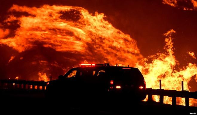 7 ngày qua ảnh: Cầu vồng xuất hiện trong cuộc đụng độ giữa biểu tình ở Chile - Ảnh 8.