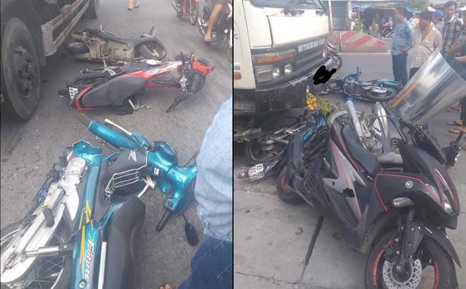 Xe tải mất lái đâm kinh hoàng, 7 xe máy nằm la liệt giữa đường, 11 người bị thương