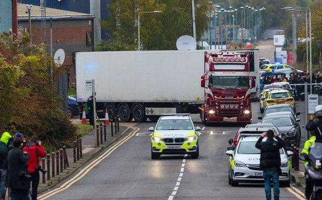 Thảm kịch nhập cư kinh hoàng ở Anh hé lộ phần nổi của đường dây buôn người
