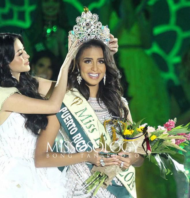 Nhan sắc quyến rũ của người đẹp giúp Puerto Rico lần đầu chiến thắng tại Hoa hậu Trái đất - Ảnh 1.