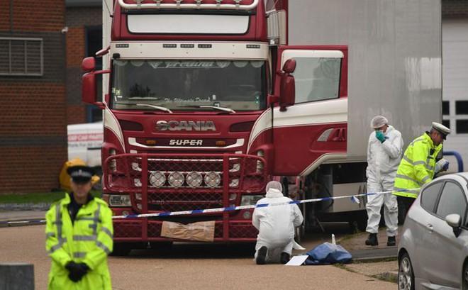 Việt Nam đang xác minh thông tin quốc tịch nạn nhân thiệt mạng trong thùng xe tại Anh