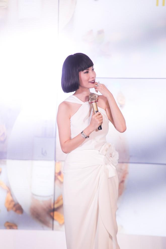 Ngô Kiến Huy hào hứng hát live ca khúc hit - ảnh 1