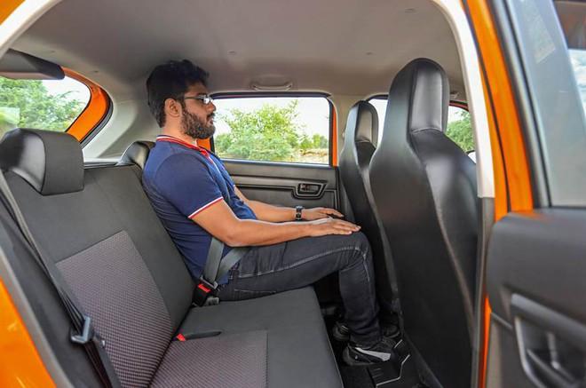 Hình ảnh thực tế bên trong chiếc ô tô siêu rẻ, giá chỉ 120 triệu đồng - Ảnh 3.