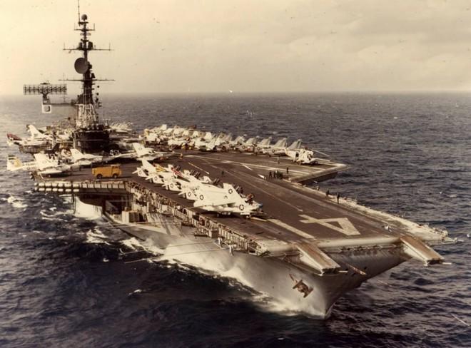 Thả bom hạt nhân đánh chìm TSB Mỹ: Liên Xô định mở màn Thế chiến 3 theo cách tệ hại nhất? - Ảnh 2.