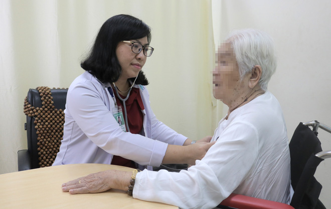 Nhiều người Việt phải ôm máy chạy thận suốt đời do tự dùng thuốc và chữa bệnh trên mạng - Ảnh 1.
