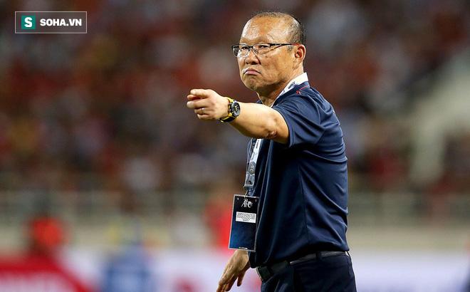 """Thầy Park nói lời """"phũ phàng"""" về tiền đạo Việt kiều, không hài lòng vì U22 VN bị lộ bí mật"""