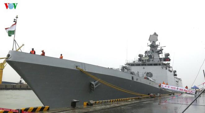 Tàu Hải quân Ấn Độ thăm hữu nghị thành phố Đà Nẵng - ảnh 2