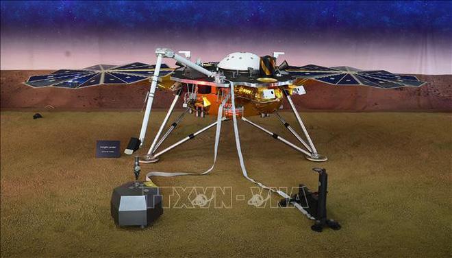 Thiết bị đổ bộ của NASA thu được xung động lạ trên Sao Hỏa - Ảnh 1.
