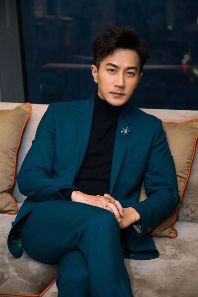 Mỹ nữ TVB lo lắng tin đồn hẹn hò với Lưu Khải Uy làm ảnh hưởng đến những người theo đuổi mình - Ảnh 2.