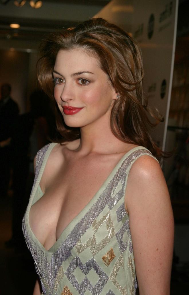Nhan sắc nóng bỏng của nữ thần sắc đẹp đương đại Hollywood Anne Hathaway - ảnh 10