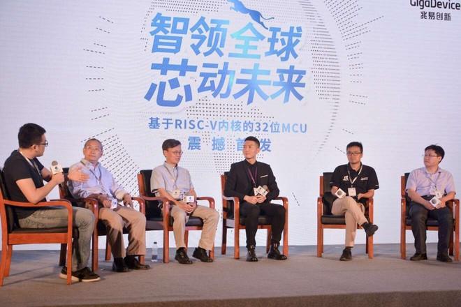Quyết tâm thoát khỏi lệ thuộc vào Mỹ, Trung Quốc tìm đến kiến trúc chip hoàn toàn mới - Ảnh 2.