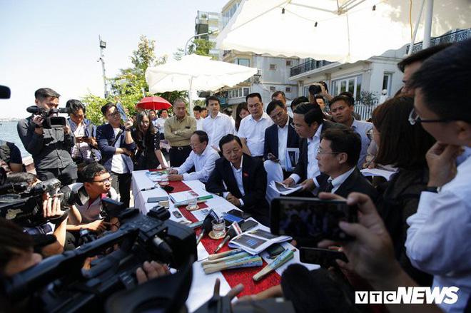 Bộ trưởng Trần Hồng Hà: Cần đánh giá lại việc thí điểm làm sạch nước sông Tô Lịch và Hồ Tây - Ảnh 1.