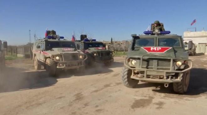 CẬP NHẬT: Tình huống khẩn cấp, QĐ Nga bất ngờ bị tấn công ở Syria - Báo động đỏ - Ảnh 6.