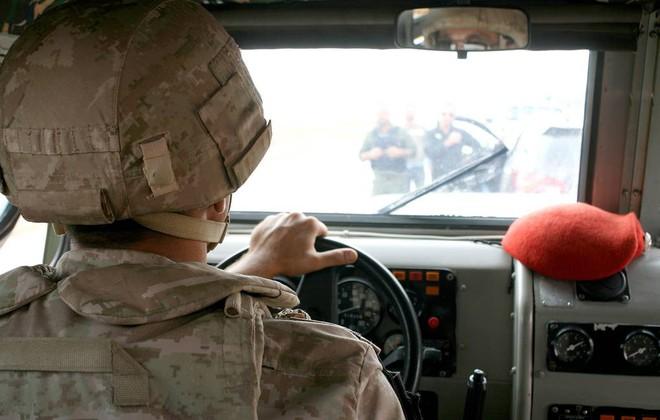 CẬP NHẬT: ĐSQ Mỹ ở Baghdad bị tấn công dồn dập - Toàn bộ tàu sân bay Mỹ lên dock, chưa từng có trong lịch sử - Ảnh 1.