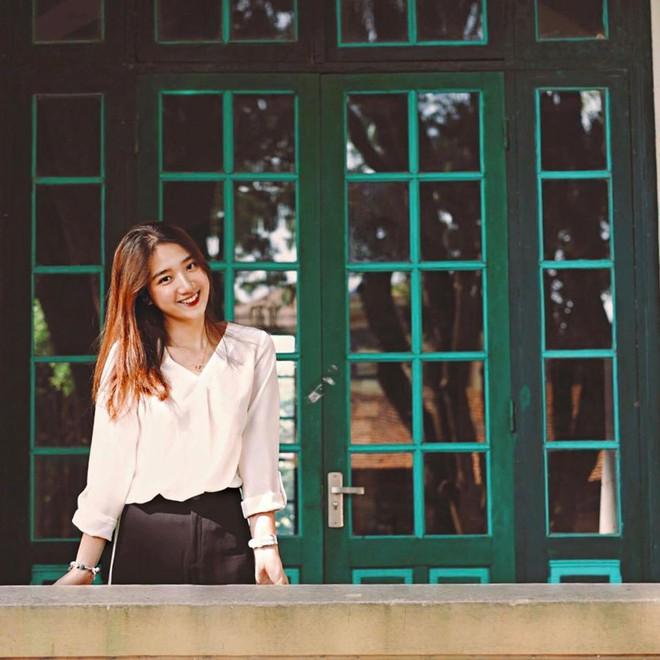 Nữ sinh sư phạm Văn xinh như hoa: Học sinh toàn gọi bằng chị, từng giúp em chậm hiểu đạt kì tích - ảnh 2