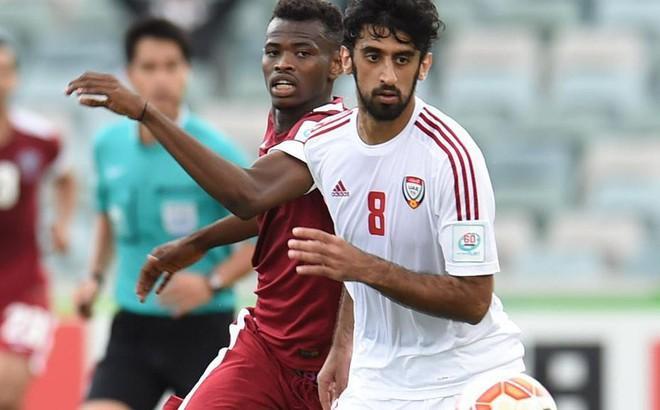 Bị gây áp lực, hậu vệ UAE