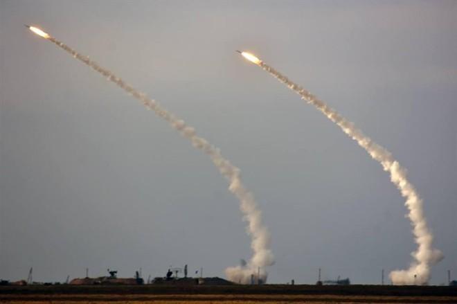 Dùng 3 ngón tay thần chết đe dọa Nga, liệu Ukraine có quá liều lĩnh? - ảnh 6