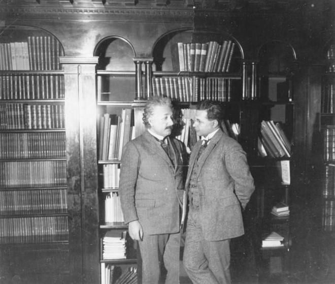 Bi kịch thần đồng: Con trai thiên tài Albert Einstein và vết trượt dài của thần đồng - Ảnh 1.
