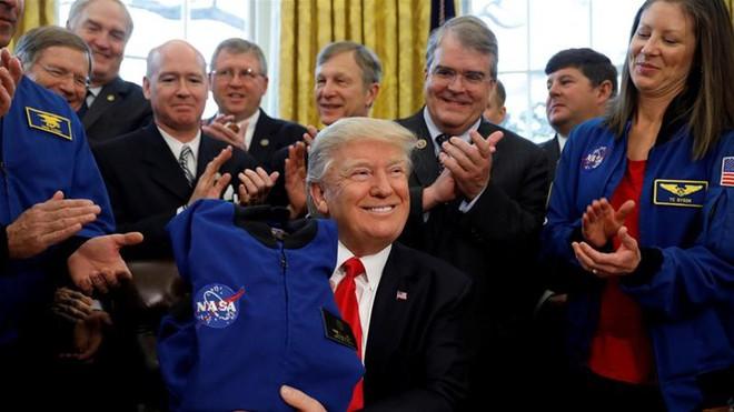 Để Mỹ thống trị không gian, TT Trump tung 2 nước cờ chưa từng có tiền lệ trong lịch sử: Đó là gì? - ảnh 13