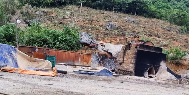 Cận cảnh lò đốt rác điện tử lấy vàng vùng giáp ranh Hà Nội - Hòa Bình - Ảnh 3.