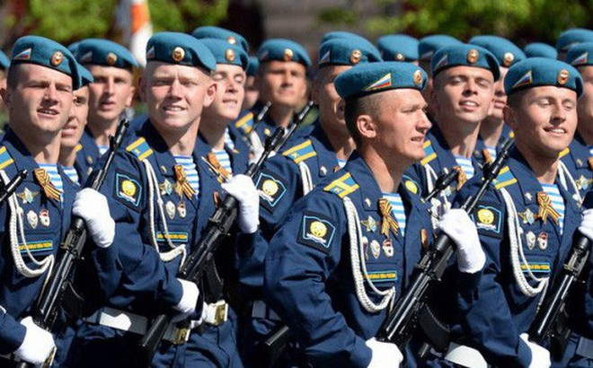 """Tấn công đổ bộ đường không: Mỹ cũng phải """"ngả mũ kính nể"""" trình độ tác chiến của Nga"""