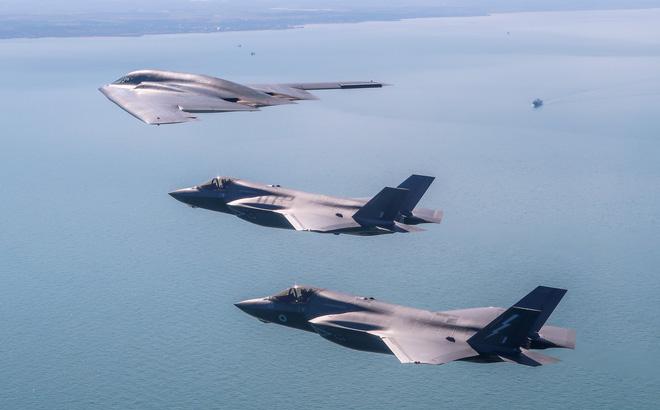 """Vận đen của Saudi: Nga kiếm bộn với """"vũ khí đặc trị"""" tên lửa siêu âm, máy bay tàng hình?"""