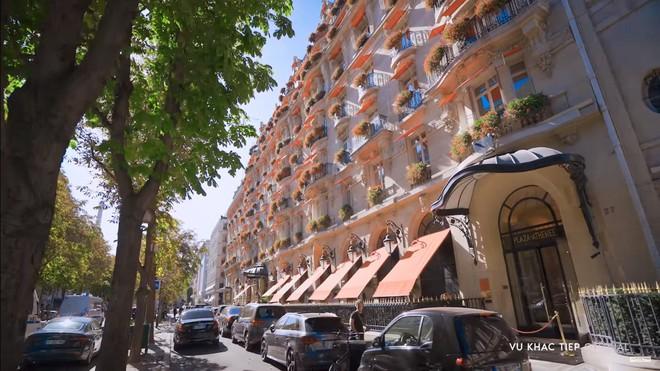 Vũ Khắc Tiệp dẫn Ngọc Trinh ở khách sạn Paris giá 110 triệu, ăn tối vài ngàn đô - Ảnh 4.