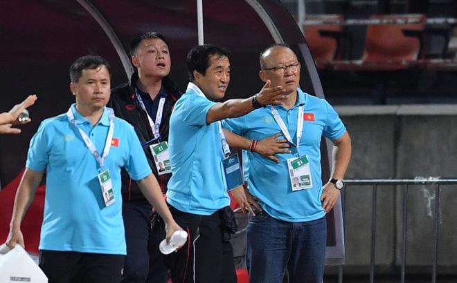 AFC chỉ ra nỗi lo lớn nhất của HLV Park Hang-seo khi đối đầu Malaysia