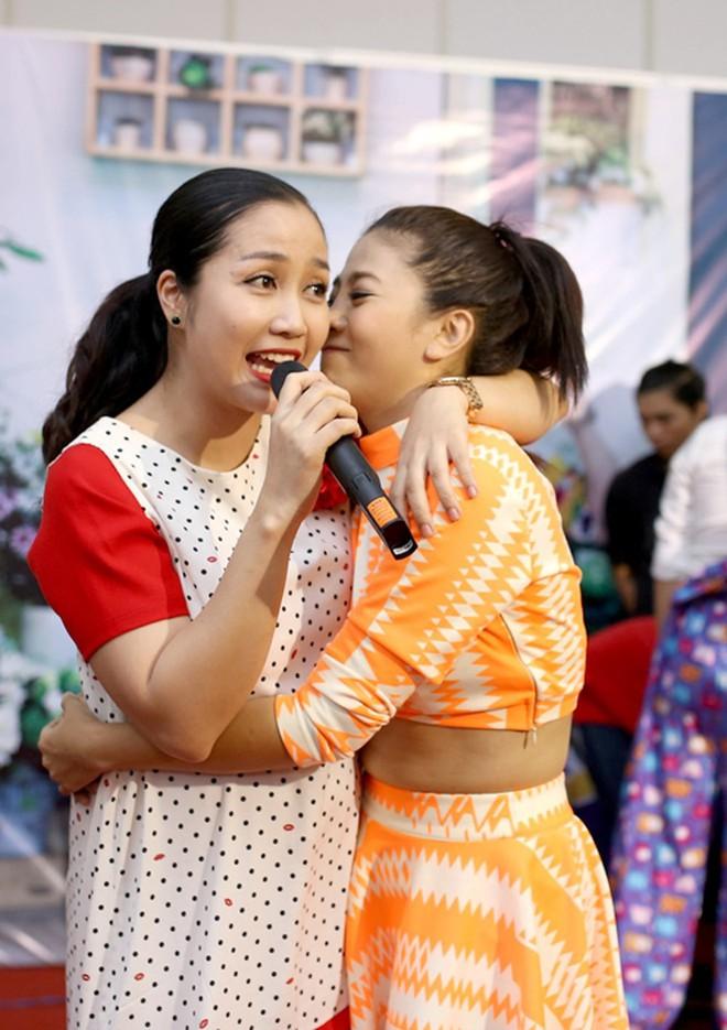 Quyền Linh nói một câu ngậm ngùi trước mộ Lê Công Tuấn Anh và 3 tình bạn đẹp nhất showbiz  - Ảnh 6.