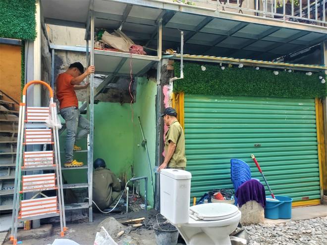 Hàng quán phố đường tàu Hà Nội đóng cửa, tiểu thương lo mất trắng trước tin dẹp tiệm - Ảnh 11.