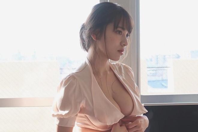Nhan sắc nóng bỏng của hai mỹ nhân có vẻ đẹp gợi cảm bậc nhất Nhật Bản - ảnh 5