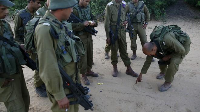 Iran đá xoáy binh lính Israel: Đội quân hùng mạnh nhất Trung Đông đang... mơ ngủ? - Ảnh 4.