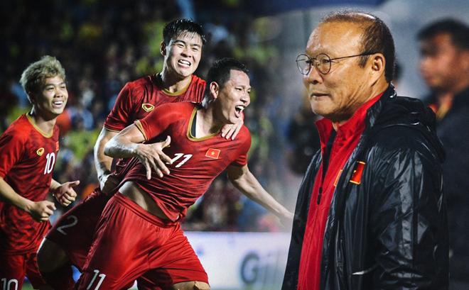 """Thầy Park sẽ khiến Malaysia phải kinh ngạc bởi chiêu """"Tiếu lý tàng đao"""" hung hiểm?"""